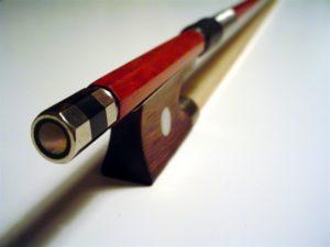 violin bow bouncing